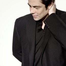 Benicio del Toro wird in San Sebastián mit dem Donostia Award ausgezeichnet Poster