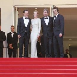 Brolin, Josh / Blunt, Emily / Villeneuve, Denis / Del Toro, Benicio / 68. Internationale Filmfestspiele von Cannes 2015 / Festival de Cannes Poster