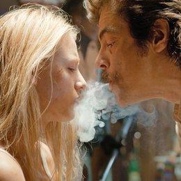 Savages / Blake Lively / Benicio Del Toro Poster
