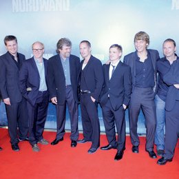 """Premiere von """"Nordwand"""" / Danny Krausz, Benjamin Herrmann, Simon Schwarz, Reinhold Messner, Benno Fürmann, Florian Lukas, Boris Schönfelder, Kolja Brandt und Gerd Huber Poster"""