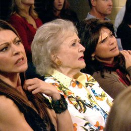 Hot in Cleveland / Hot in Cleveland (1. Staffel, 10 Folgen) / Betty White Poster