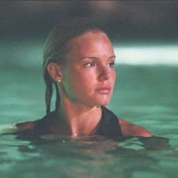 Blue Crush Poster
