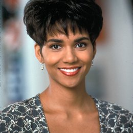 Boomerang / Halle Berry Poster
