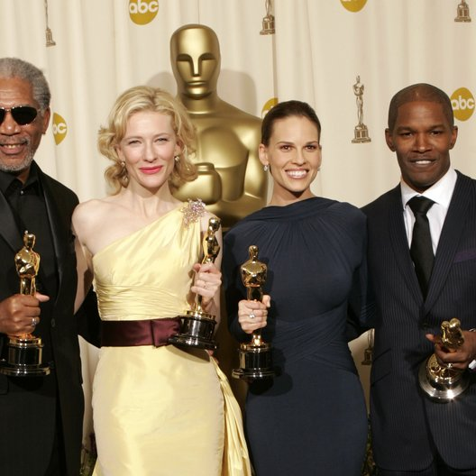 """77. Academy Awards 2005 / Oscar 2005 / Gewinner in den Kategorien """"Beste Hauptdarsteller/in"""" und """"Beste Nebendarsteller/in"""" Morgan Freeman, Cate Blanchett, Hilary Swank und Jamie Foxx Poster"""