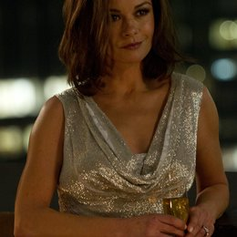 Broken City / Catherine Zeta-Jones Poster