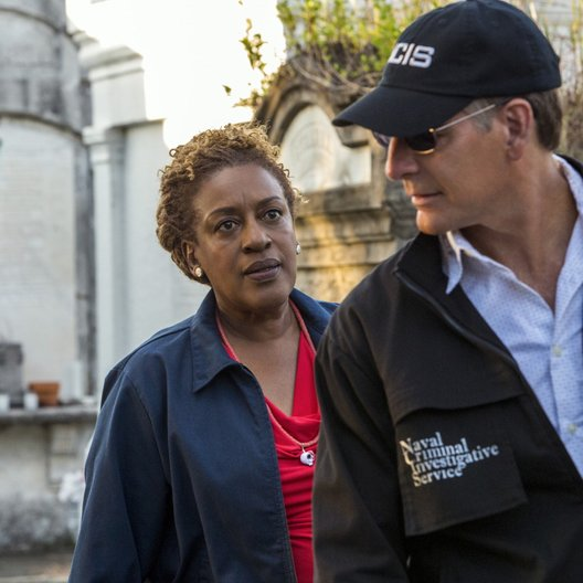 Navy CIS: New Orleans / Scott Bakula / CCH Pounder Poster