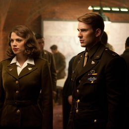 Captain America: The First Avenger / Captain America - The First Avenger / Captain America / Hayley Atwell / Chris Evans Poster