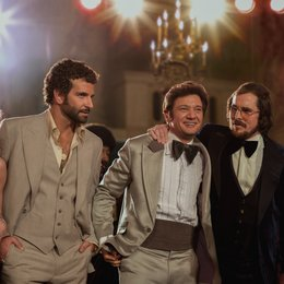 American Hustle / American Bullshit / Amy Adams / Bradley Cooper / Jeremy Renner / Christian Bale / Jennifer Lawrence Poster