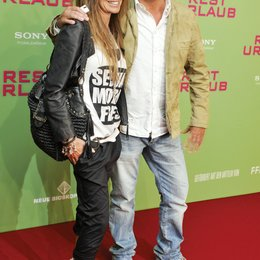 """Weltpremiere """"Resturlaub"""" / Christian Tramitz mit seiner Frau Annette"""