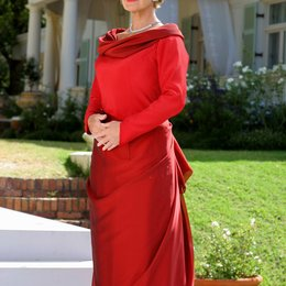 Frau im roten Kleid, Die (ARD) / Christiane Hörbiger Poster