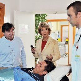 Zwei Ärzte sind einer zuviel: Reif für die Insel (ZDF) / Christiane Hörbiger / Elmar Wepper / Holger Dexne Poster