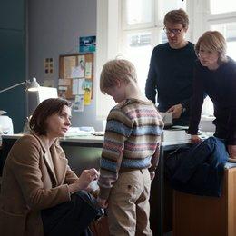 Fall Bruckner, Der (BR) / Corinna Harfouch / Christiane Paul / Elon Baer / Max von Pufendorf Poster
