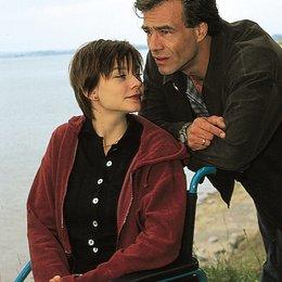 Zwei Leben hat die Liebe (TV-Movie) / Christiane Paul / Klaus Behrendt Poster