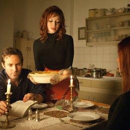 Ginger & Rosa / Alessandro Nivola / Christina Hendricks / Elle Fanning Poster