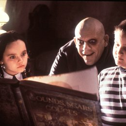 Addams Family, The / Christina Ricci / Christopher Lloyd / Jimmy Workman Poster
