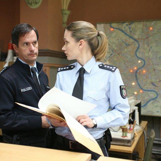 Achtung Polizei! - Alarm um 11 Uhr 11 (Sat.1) / Lisa Maria Potthoff / Christoph Maria Herbst Poster