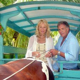 Traumhotel: Seychellen, Das (ARD / ORF) / Claudine Wilde / Christian Kohlund