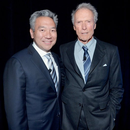 4. CinemaCon 2014, Las Vegas / Kevin Tsujihara und Clint Eastwood Poster