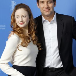 Andrea Riseborough / Clive Owen / Berlinale 2012 / 62. Internationale Filmfestspiele Berlin 2012 Poster