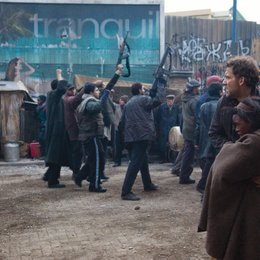 Children of Men / Clive Owen / Claire-Hope Ashitey