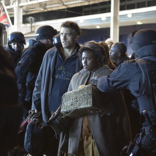 Children of Men, The / Clive Owen / Claire-Hope Ashitey