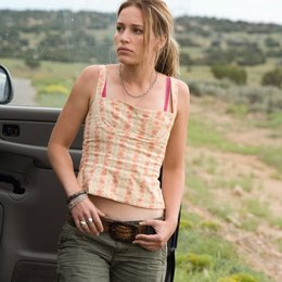 Carriers / Piper Perabo
