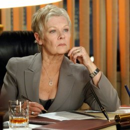 James Bond 007: Casino Royale / Judi Dench Poster