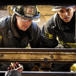 Chicago Fire / Chicago Fire (1. Staffel) / Jesse Spencer / Charlie Barnett Poster