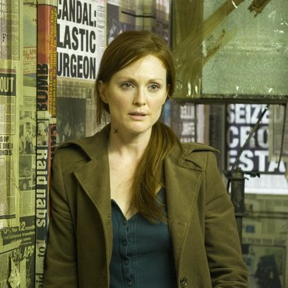 Children of Men, The / Julianne Moore Poster