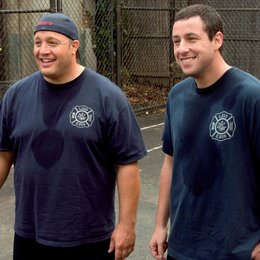 Chuck und Larry - Wie Feuer und Flamme / I Now Pronounce You Chuck and Larry / Kevin James / Adam Sandler Poster