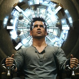 Total Recall / Colin Farrell Poster