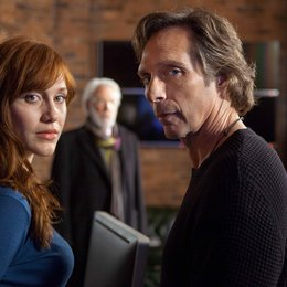 Crossing Lines / Crossing Lines (1. Staffel, 10 Folgen) / Gabriella Pession / William Fichtner Poster