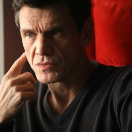 Crossing Lines (1. Staffel, 10 Folgen) / Crossing Lines / Marc Lavoine Poster