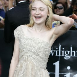 "Fanning, Dakota / Premiere von ""The Twilight Saga: Eclipse"", Los Angeles Poster"