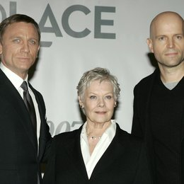 James Bond 007: Ein Quantum Trost / James Bond 007: Quantum of Solace / Pressekonferenz / Daniel Craig / Dame Judi Dench / Marc Forster Poster