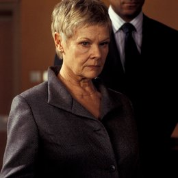 James Bond 007: Stirb an einem anderen Tag / Judi Dench Poster