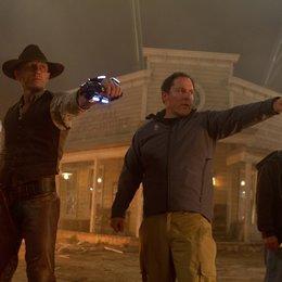 Cowboys & Aliens / Set / Daniel Craig / Jon Favreau Poster