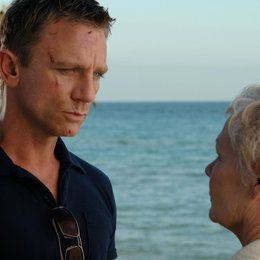 James Bond 007: Casino Royale / Daniel Craig / Judi Dench Poster