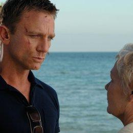 James Bond 007: Casino Royale / Daniel Craig / Judi Dench Poster