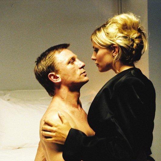 Layer Cake / Daniel Craig / Sienna Miller Poster