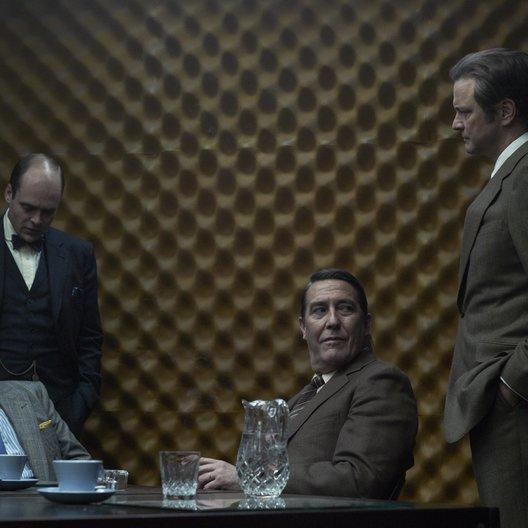Dame König As Spion / Dame, König, As, Spion / Toby Jones / David Dencik / Ciarán Hinds / Colin Firth Poster
