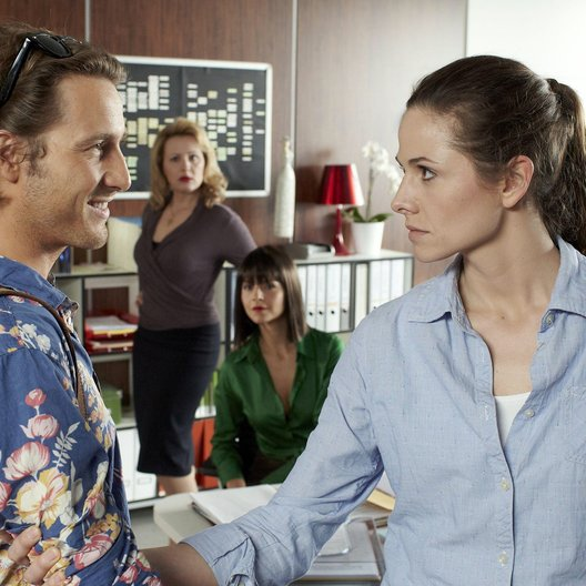 Sekretärinnen - Überleben von 9 bis 5 (RTL) / Sekretärinnen - Überleben von 9 bis 5 (1. Staffel, 8 Folgen) / Ellenie Salvo González / David Rott Poster
