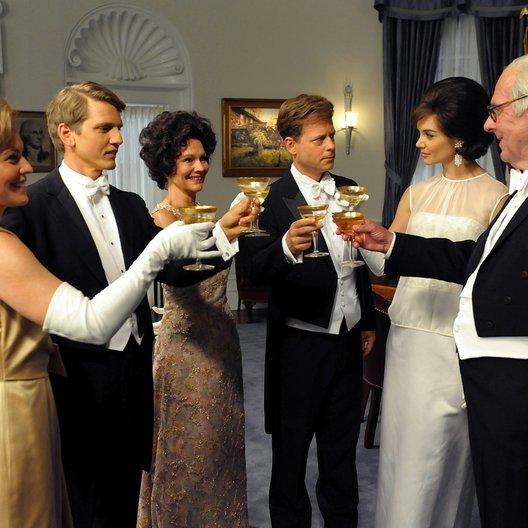 Kennedys, Die / Tom Wilkinson / Diana Hardcastle / Barry Pepper / Katie Holmes / Greg Kinnear / Kristin Booth Poster