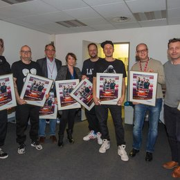 And.Ypsilon, Thomas D, Ziggy Grimm (SAP Arena), Melanie Gremm (SAP Arena), Smudo, Michi Beck, Matthias Mantel (BB Promotion) und Alexander Richter (Four Artists) Poster