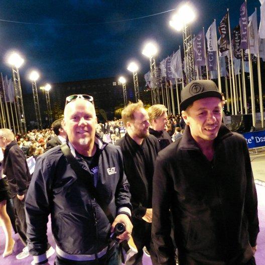 Echo 2014 / Die Fantastischen Vier mit Andreas Bär Lasker auf dem blauen Teppich Poster