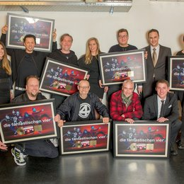 Swiss Music Award 2015 / Gold für die Fantastischen Vier / h: Maurizio Dottore, Anja Küng, Michi BEck, And.Ypsilon, Julie Born, Florian Hauss, Simon Müller, Nash Nopper, v: Smudo, Thomas D, Willy Ehmann, Thierry Gachnang Poster
