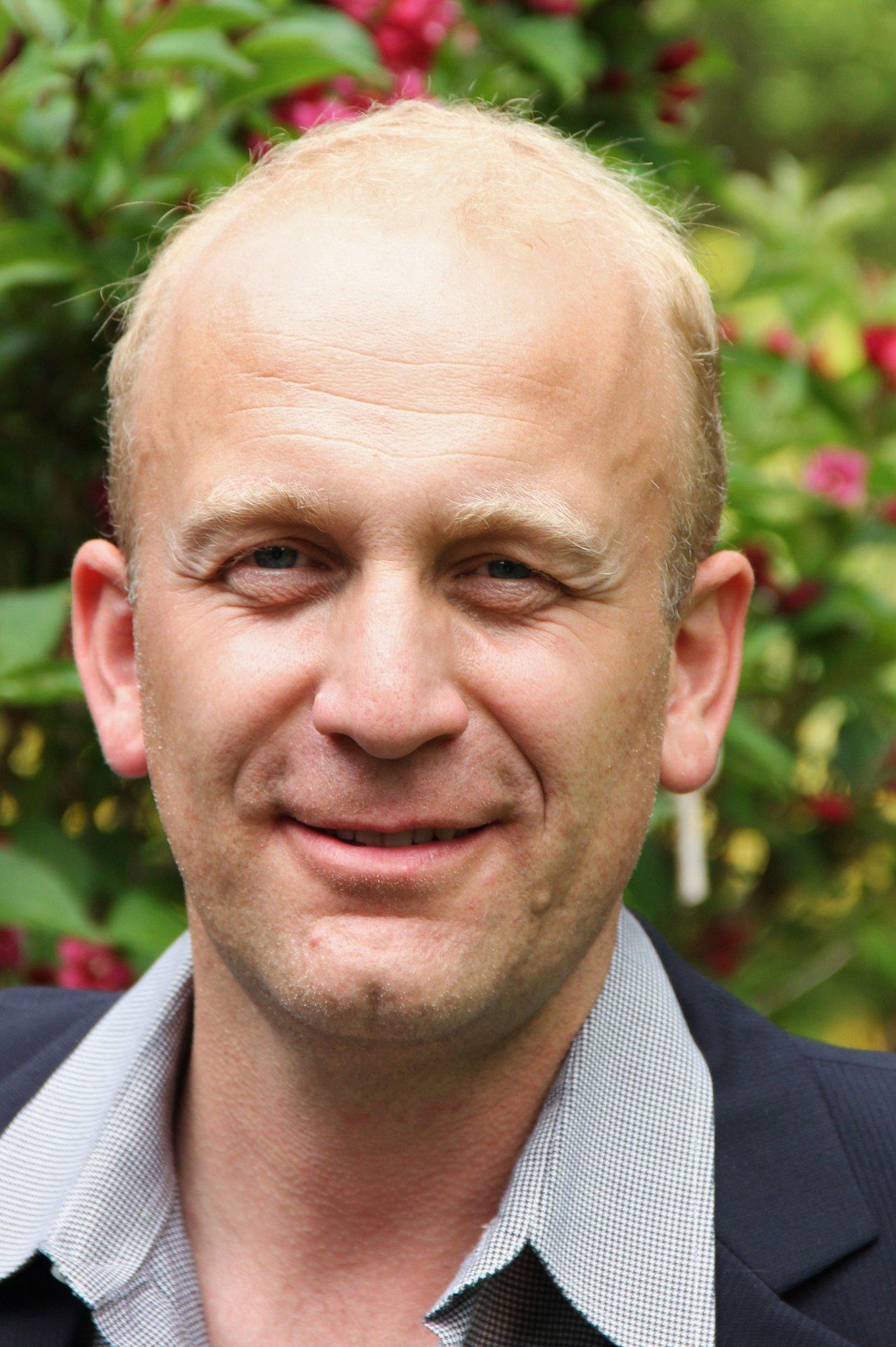 Dirk Beinhold Net Worth
