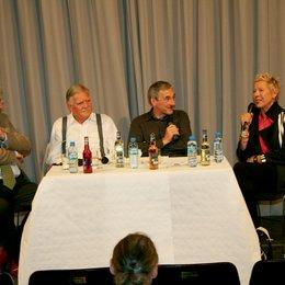 Jahrespressekonferenz der Müncher Hochschule für Film und Fernsehen HFF / Manfred Heid, Michael Ballhaus, Roderich Fabian und Doris Dörrie Poster