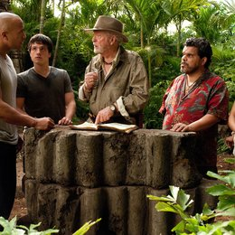 Reise zur geheimnisvollen Insel, Die / Dwayne Johnson / Josh Hutcherson / Sir Michael Caine / Luis Guzmán / Vanessa Anne Hudgens