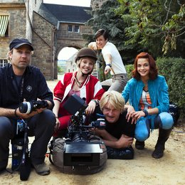 Bibi & Tina - Der Film / Set / Lina Larissa Strahl / Louis Held / Detlev Buck / Lisa-Marie Koroll Poster